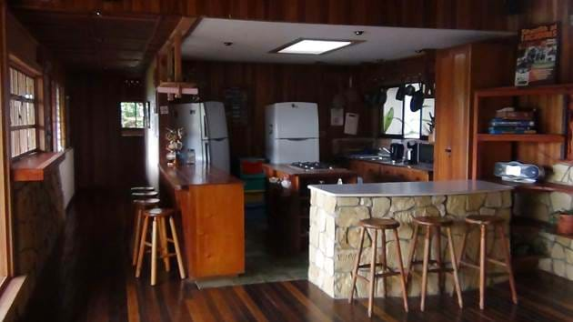 turrialba---kitchen